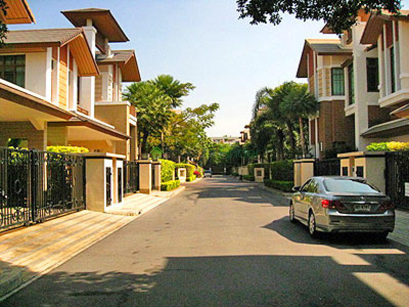 Phra Khanong, Bangkok, Thailand, 4 Bedrooms Bedrooms, ,5 BathroomsBathrooms,House,Sold,5300
